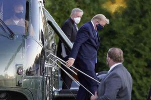 تصاویری از انتقال ترامپ به بیمارستان نظامی