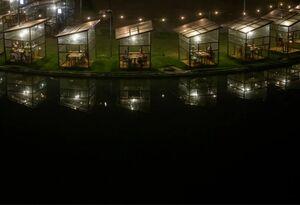 عکس/ اتاقکهای شیشهای صرف شام