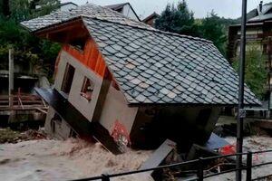 جاری شدن سیل در جنوب فرانسه و شمال ایتالیا/۲۴ تن مفقود شدند