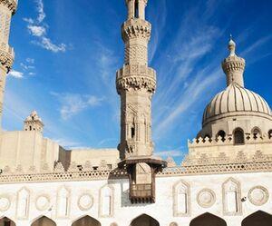 الأزهر: اظهارات ماکرون درباره اسلام «نژادپرستانه» است