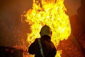 فیلم/ آتشسوزی در پی ترکیدگی لوله نفت در اصفهان