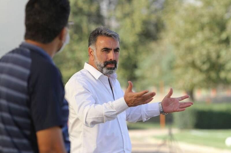 پدیده ای جدید و تأسف برانگیز در فوتبال ایران/ رفتار غیرحرفه ای چند سرمربی لیگ برتری برای پول بیشتر!