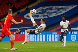 پیروزی انگلیس و توقف تیم اول دنیا