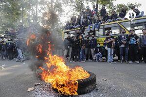 عکس/ بحران اعتراضات کارگری در اندونزی