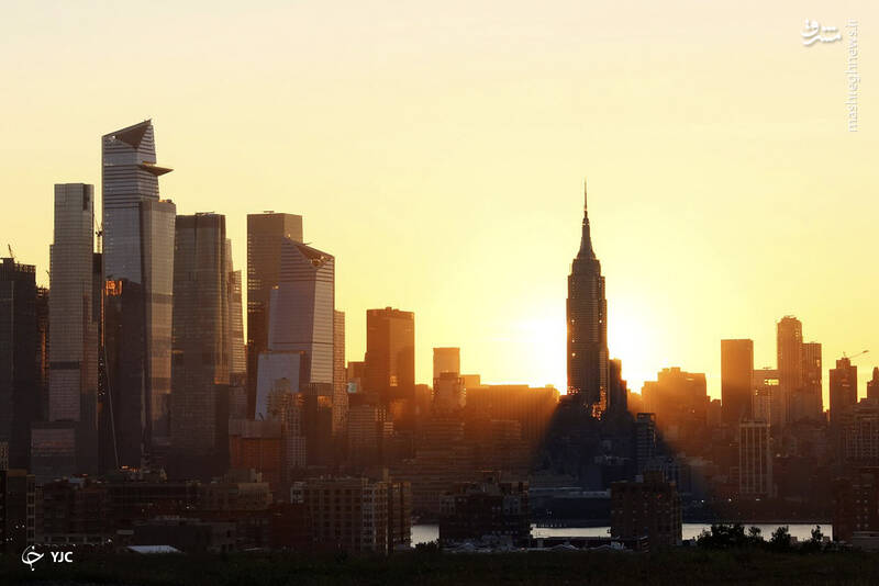 طلوع آفتاب در شهر نیویورک