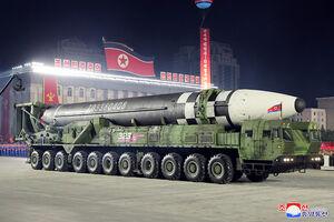 کره شمالی زیردریایی با قابلیت شلیک بالستیک میسازد