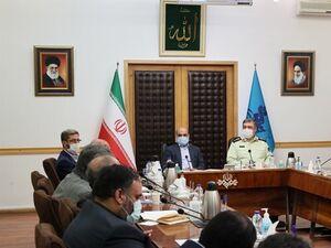دیدار فرمانده نیروی انتظامی با رئیس رسانه ملی - کراپشده