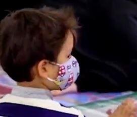 فیلم/ دیدار فرزند شهید خانطومان با پیکر پدر