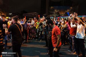 تجمع هواداران پرسپولیس مقابل مجلس +عکس