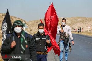 عکس/ زائرین پیاده در راه مشهد