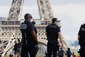 دادستانی فرانسه: حادثه چاقوکشی در پاریس مرتبط به داعش بود