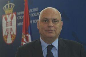 مقام صرب: جمهوری صربستان از تحریم های یکجانبه تبعیت نمی کند