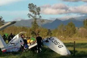 نجات معجزه آسای کودک یکساله در سقوط هواپیما - کراپشده
