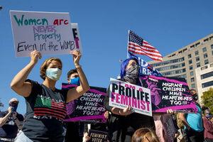 راهپیمایی خبرساز زنان علیه ترامپ در قلب آمریکا