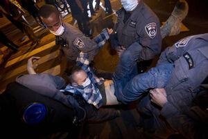 عکس/ ادامه اعتراضات در تلآویو علیه نتانیاهو