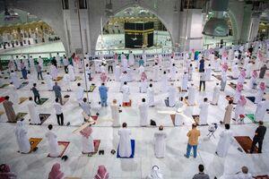 عکس/ گشوده شدن درهای مسجد الحرام به روی نمازگزاران