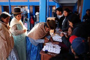 افزایش شانس نامزد سوسیالیست در پایان انتخابات ریاستجمهوری بولیوی
