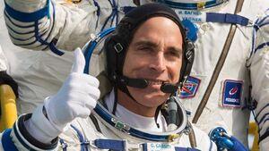 اعلام آمادگی فضانورد ناسا برای بازگشت به زمین +عکس