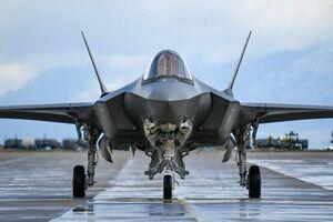 کره جنوبی 24 فروند «اف-35» از آمریکا تحویل گرفت - کراپشده