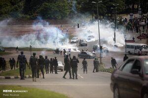 عکس/ اعتراض به خشونت پلیس در نیجریه