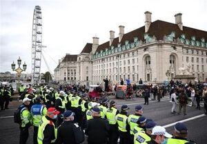 اعتراضات گسترده به محدودیتهای کرونایی در لندن