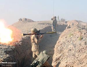 عکس/ رزمایش نیروی زمینی ارتش در مناطق مرزی