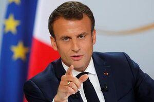 دفاع پاریس از توهین به پیامبر اسلام؛ ماکرون: عقبنشینی نمیکنیم