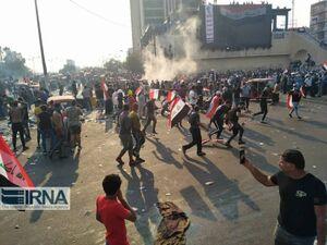 شنیده شدن صدای تیراندازی و بمب های صوتی در میدان التحریر بغداد