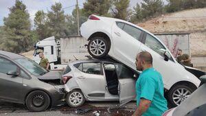 تصادف زنجیره ای در تهران در اثر گازوئیل پاشی جاده