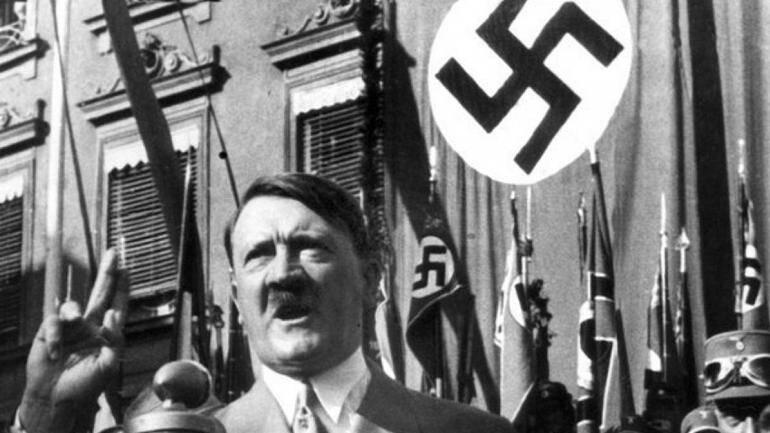 2958616 - حراج دست نوشته های هیتلر در مونیخ