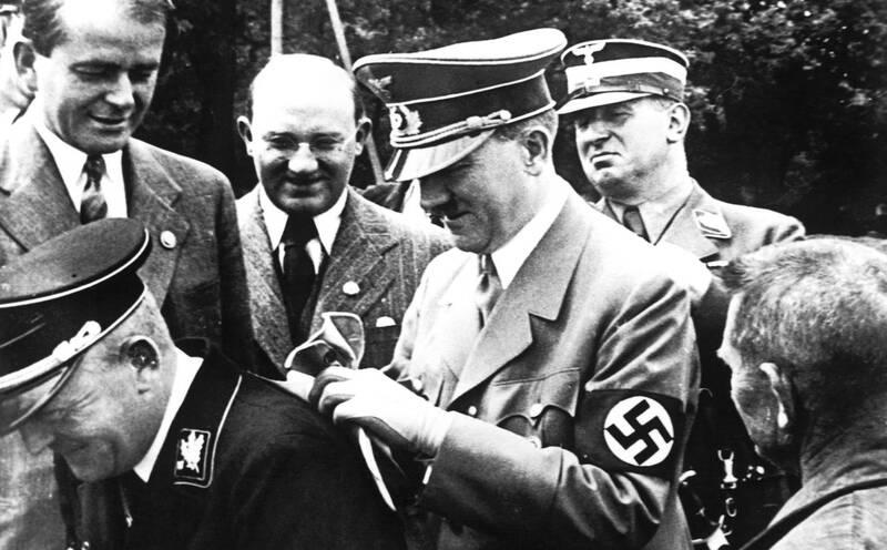 2958618 - حراج دست نوشته های هیتلر در مونیخ