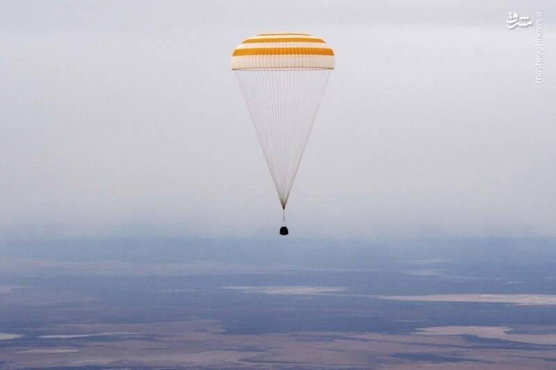 2958720 - عکس/ بازگشت فضانوردان به زمین