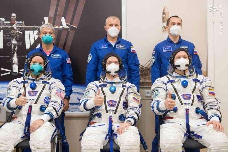 2958724 - عکس/ بازگشت فضانوردان به زمین