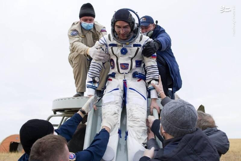 2958728 - عکس/ بازگشت فضانوردان به زمین
