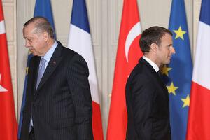 اردوغان خواستار تحریم کالاهای فرانسوی شد