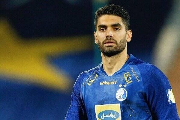 کریمی برای بازی در قطر به دوحه میرود+عکس