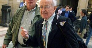 پروفسور رابرت فوریسون کیست و آزادی بیان غرب با او چه کرد/ نتیجه سوال درباره هولوکاست در فرانسه چنین است + عکس