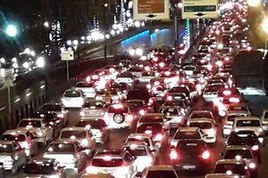 ترافیک نیمه سنگین و پرحجم در محورهای هراز و فیروزکوه - کراپشده