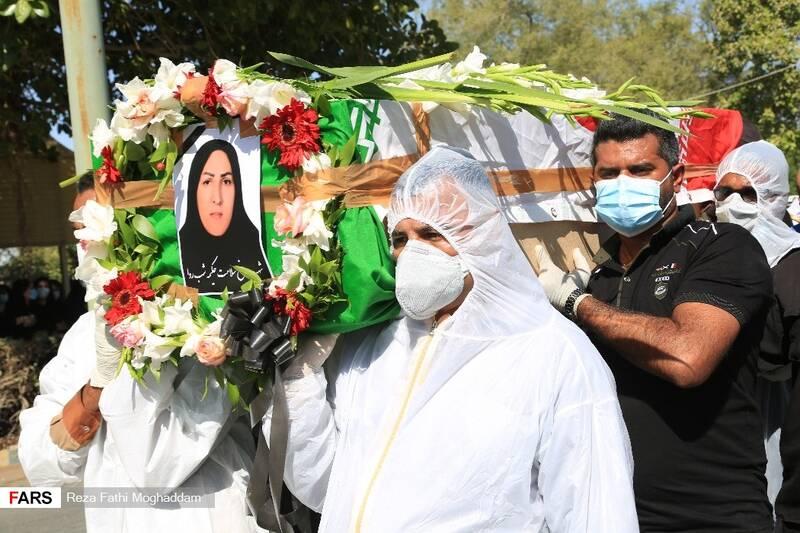 عکس| تشییع پیکر پنجمین شهید مدافع سلامت هرمزگان