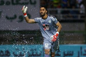 رشید مظاهری بازی اول استقلال در لیگ برتر را از دست داد