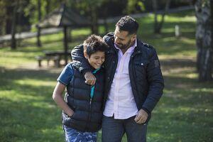 چطور با نوجوانمان گفتگوی موثر داشته باشیم؟