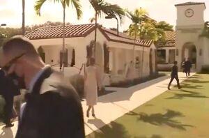 فیلم/ ملانیا ترامپ در محل رای گیری فلوریدا
