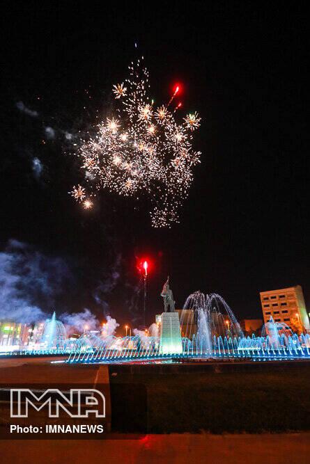 نور افشانی آسمان اصفهان