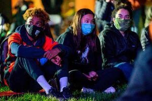 عکس/ نگرانی هواداران بایدن در واشنگتن
