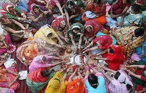 فیلم/ دعای هندوها برای پیروزی بایدن