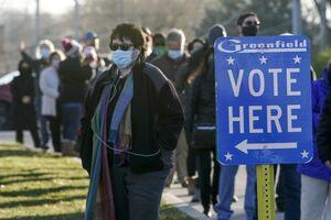 ورود مأموران فدرال آمریکا به مراکز انتخاباتی