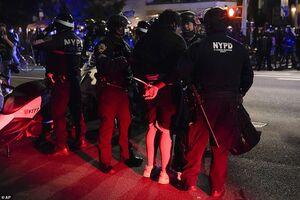 فیلم/ بازداشتهای شبانه در نیویورک