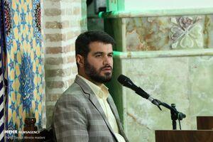 عکس/ مناجاتخوانی مطیعی در امامزاده قاضیالصابر(ع)