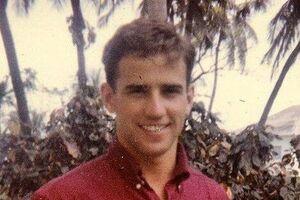 جو بایدن در دوران دانشجویی - کراپشده
