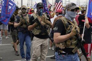 طرفداران ترامپ با سلاح گرم به خیابانها آمدند - کراپشده